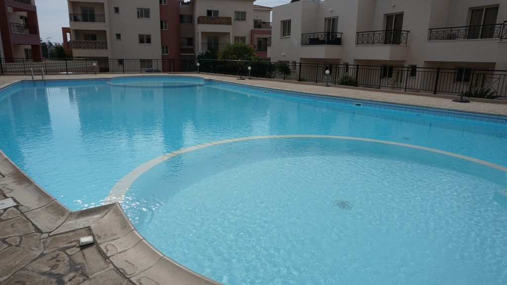 2 Bedroom apartment – For Sale – Tomb of the kings – R0352