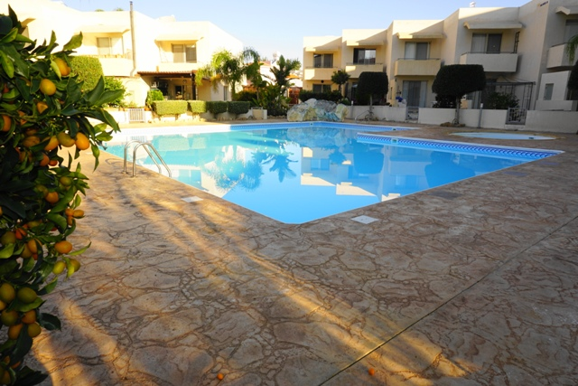 HL0322 – 2 Bedroom Apartment – Holiday Let – Kato Paphos