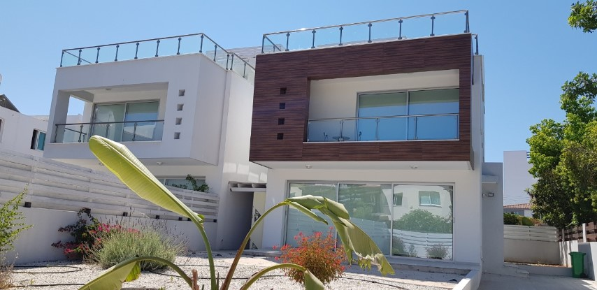 4 bed villa – Kato Paphos- For sale -R0404