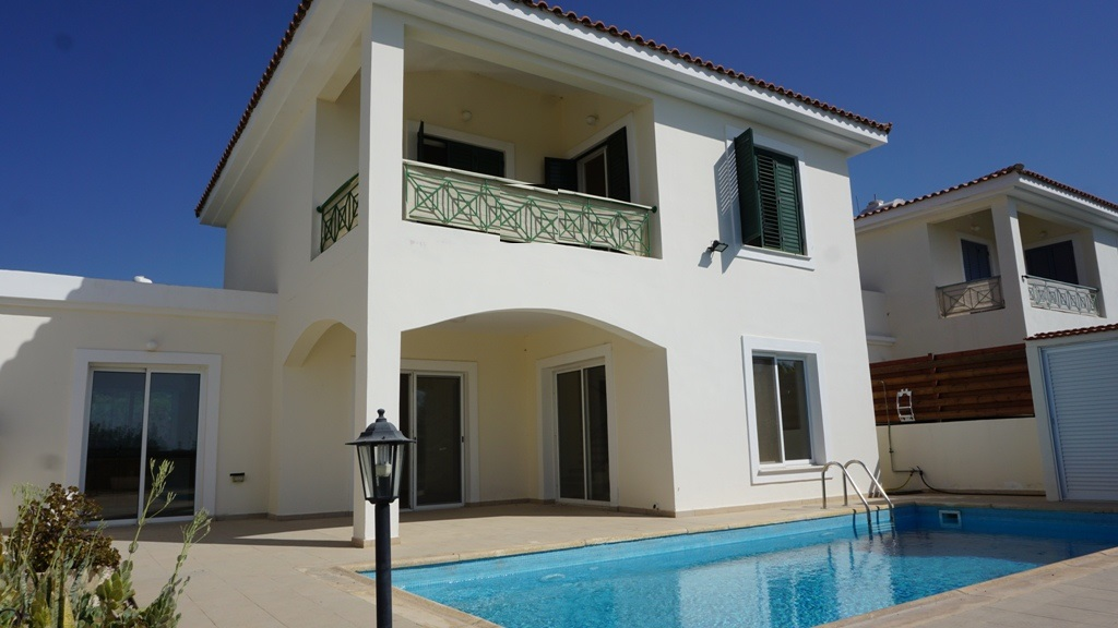 3 bed villa for sale in Peyia