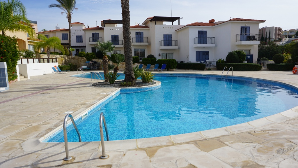 R0316 -2 bedroom townhouse f/f for sale – Peyia