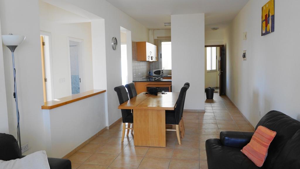 R0357 – For Rent – 3 bed Apartment – Kato Paphos