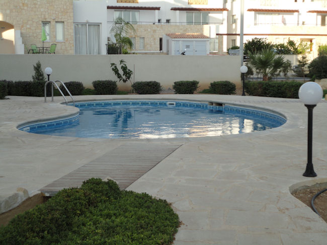 HL0302 – 2 bed Apartment – Holiday Rent – Kato Paphos