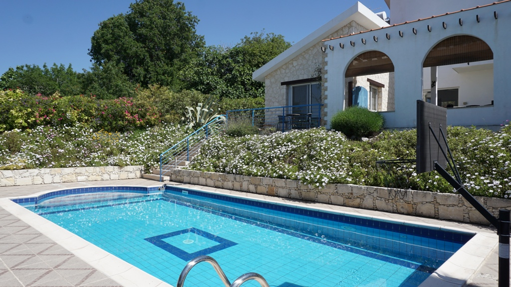 R0382 – 3 bedroom Villa – Lyssos