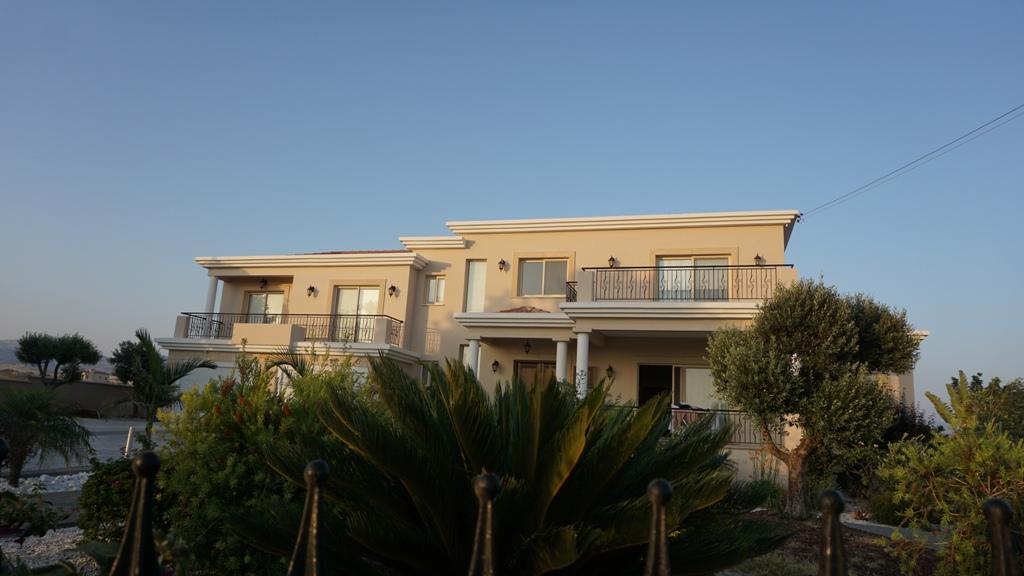 R0388 – 4 Bedroom Villa – Anarita