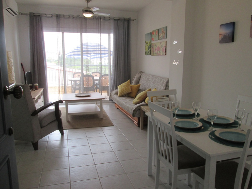 HL0323 – 1 Bedroom Apartment – Holiday Let – Peyia