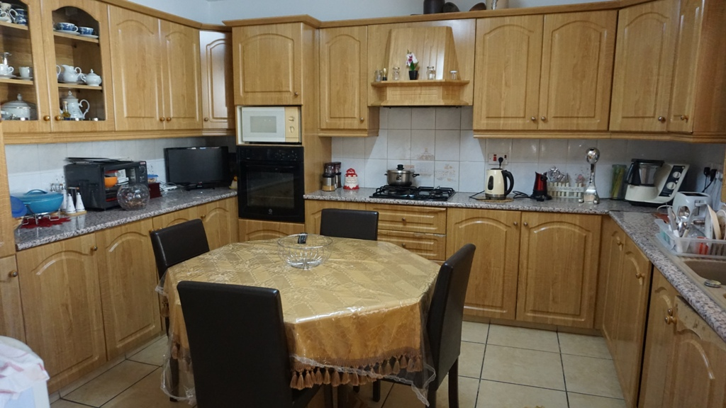 3 Bed -Town house  – For Rent  _ Geroskipou – L0104