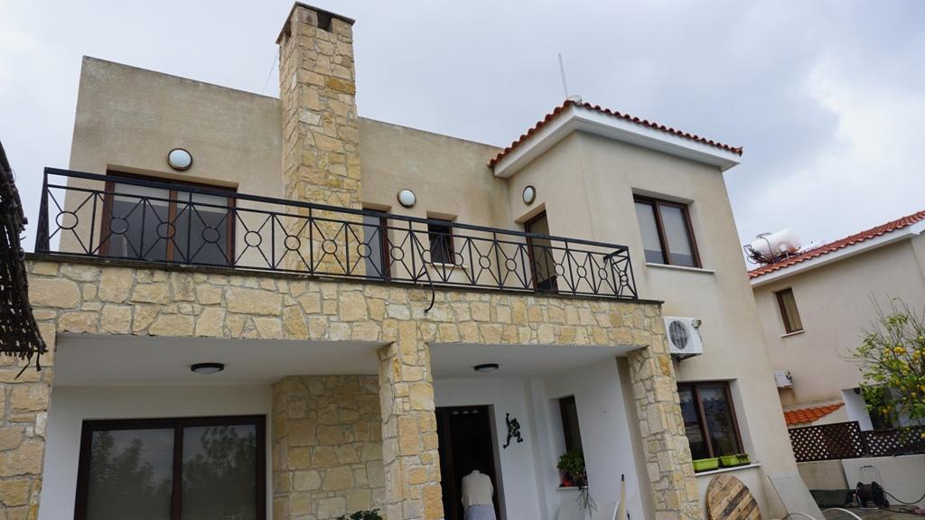 3 Bed Villa – Long term rent – Konia
