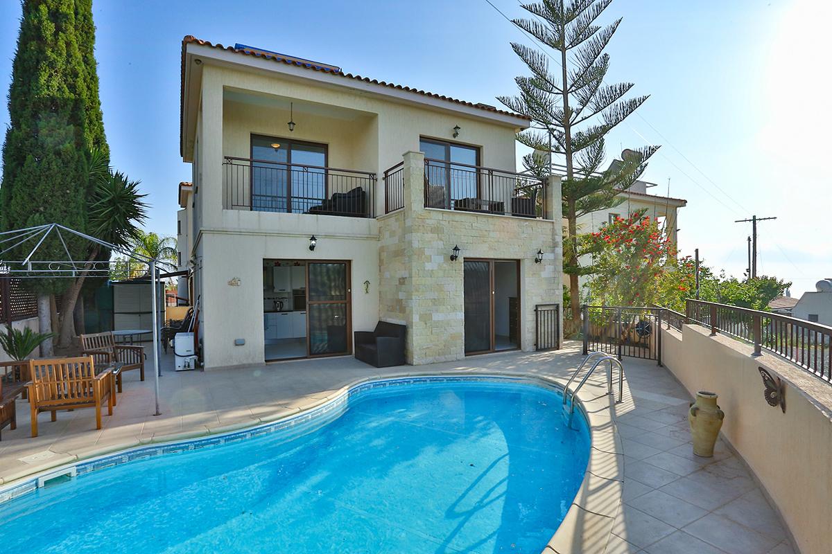 3 Bed Villa – For Rent – Tala